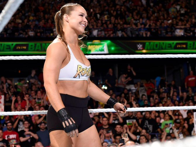 WWE's Ronda Rousey experiment continues to pay off     - CNET